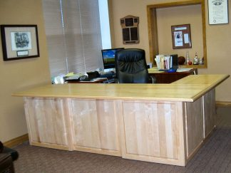 Solid maple wood executive desk Spokane WA